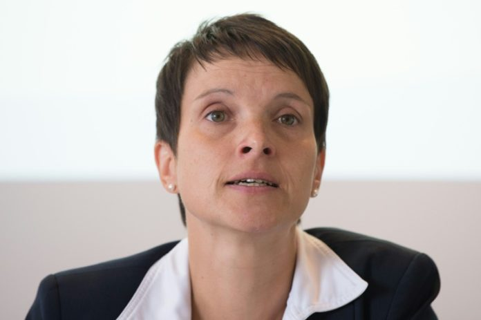 Frauke Petry ,Politik,AfD,Meineid,Dresden,Prozess ,Partei