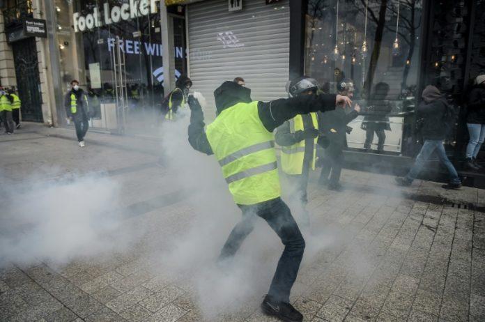 Paris,Gelbwesten,Nachrichten,News,Presse,Aktuelles,Steuerpolitik,Emmanuel Macron