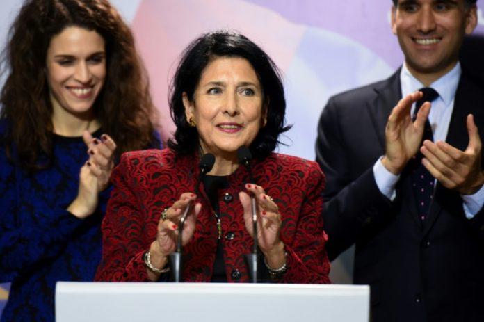 Salome Surabischwili,Ausland,Außenpolitik,Nachrichten,News,Presse,Aktuelles,Präsidentschaftswahl,Wahl,Grigol Waschadse
