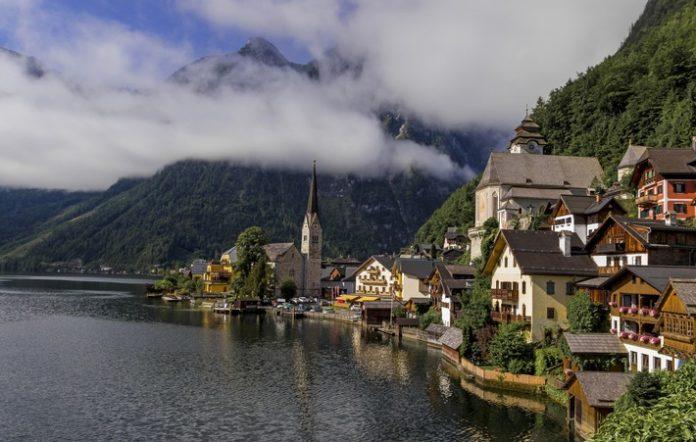 Bad Goisern, Vermischtes, Freizeit, Lifestyle, Tourismus, Reise, Bild, Finanzen, Wirtschaft, Panorama, Fashion / Beauty