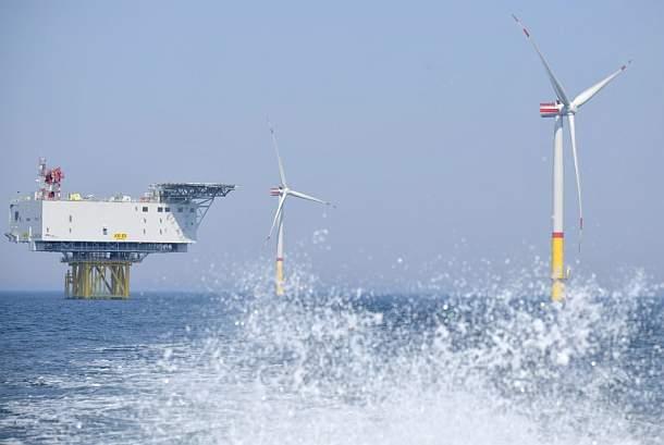Merkel bekennt sich zu Klimazielen und Preis auf CO2-Ausstoß