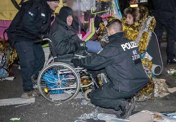 Berlin,Potsdamer Platz,Klimaaktivisten,Extinction Rebellion,Politik,Presse,News