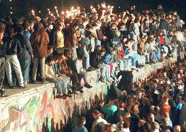 Berliner Mauer,Mauerfall,Brandenburger Tor,Berlin,Einheit,Deutsche Einheit,Presse,News,Medien