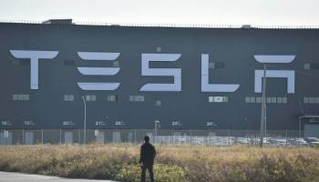 Tesla-Werk,Jörg Steinbach,