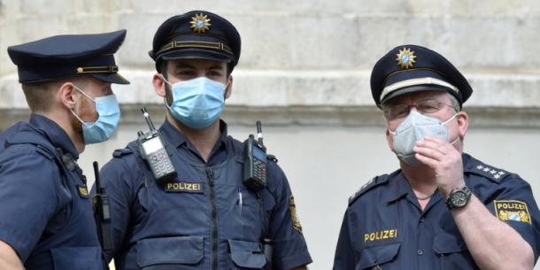 München,Polizei,Festnahme,Presse,News,Medien,Aktuelle