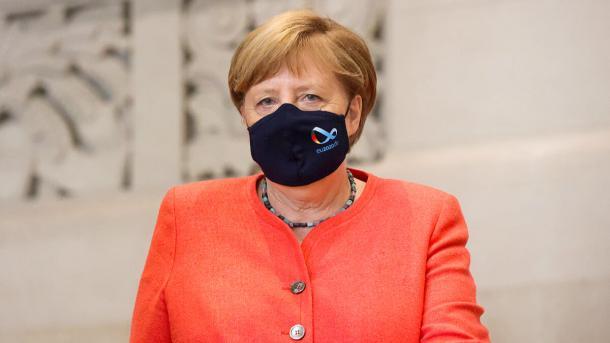 Merkel Maske