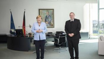 Flüchtlingspolitik und Corona-Krise im Mittelpunkt,Berlin,Angela Merkel,,Bischof Dr. Georg Bätzing