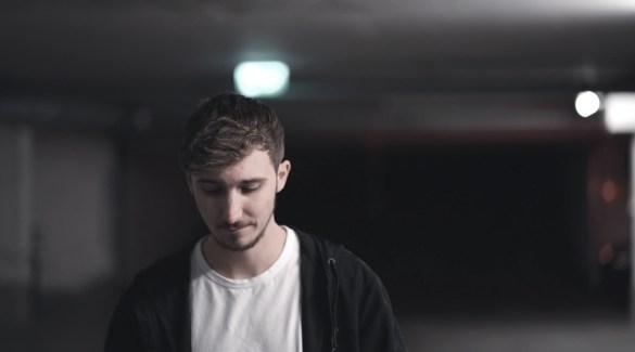 JONAS HACKNER VERÖFFENTLICHT NEUEN SONG ANDERS