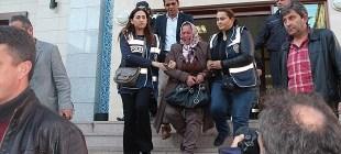 5 yıl sonra kızını öldürmekten tutuklandı!