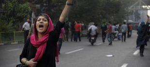 İran'da 12 kadın 'Besic' tarafından bıçaklandı!