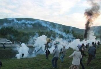 Muş Varto'da plastik mermi ve gaz bombalı müdahale