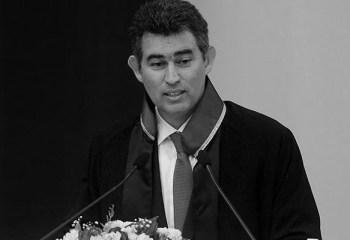 Avukatlardan Metin Feyzioğlu'na protesto: Tayyip seninle gurur duyuyor