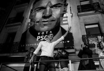 İspanya'da seçimin galibi Sosyalist Parti ancak tek başına hükümet kuramayacak