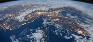 NASA Uluslararası Uzay İstasyonu'nu turizme açıyor