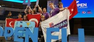 Türk takımı RoboTrak, Open FLL Uruguay Turnuvası'nda birinci oldu