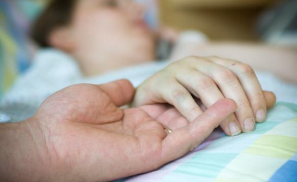 Eutanasia: suicidio assistito anche per gli anziani non gravemente ammalati