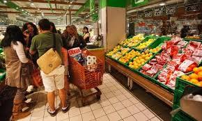 Prezzi: la spesa essenziale di una famiglia nel 2014 costa 124,04 Euro a settimana, il +3% rispetto al 2013