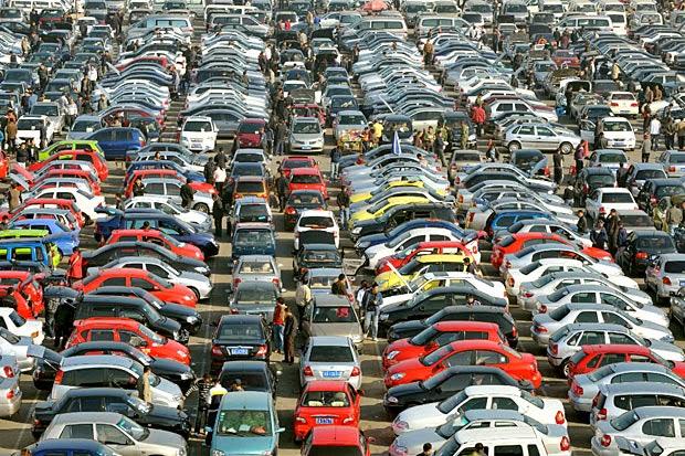 Quante auto ci sono nel mondo e quante ce ne saranno?