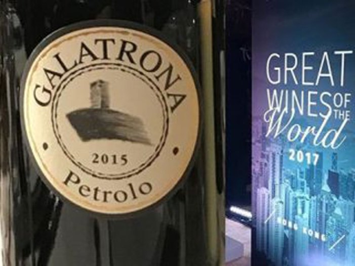 Galatrona 2015 di Petrolo il secondo migliore vino al mondo per James Suckling