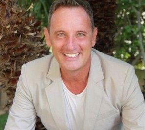 Craig Warwick, il mediatore che comunicherà con Caravaggio