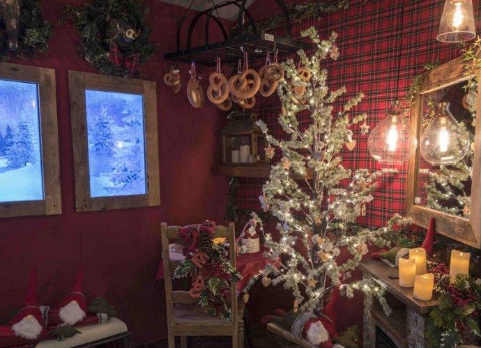Villaggio-di-Natale-Flover-2018-(4)_b-copertina