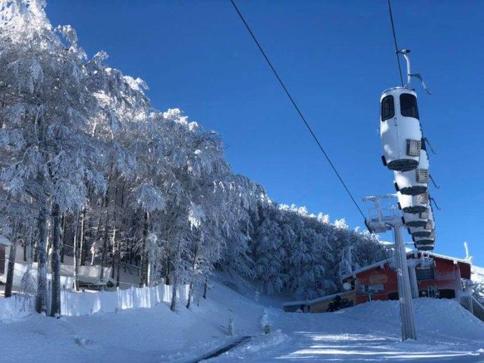 Monte Catria, scatta stagione sciistica con nuova cabinovia unica in Europa
