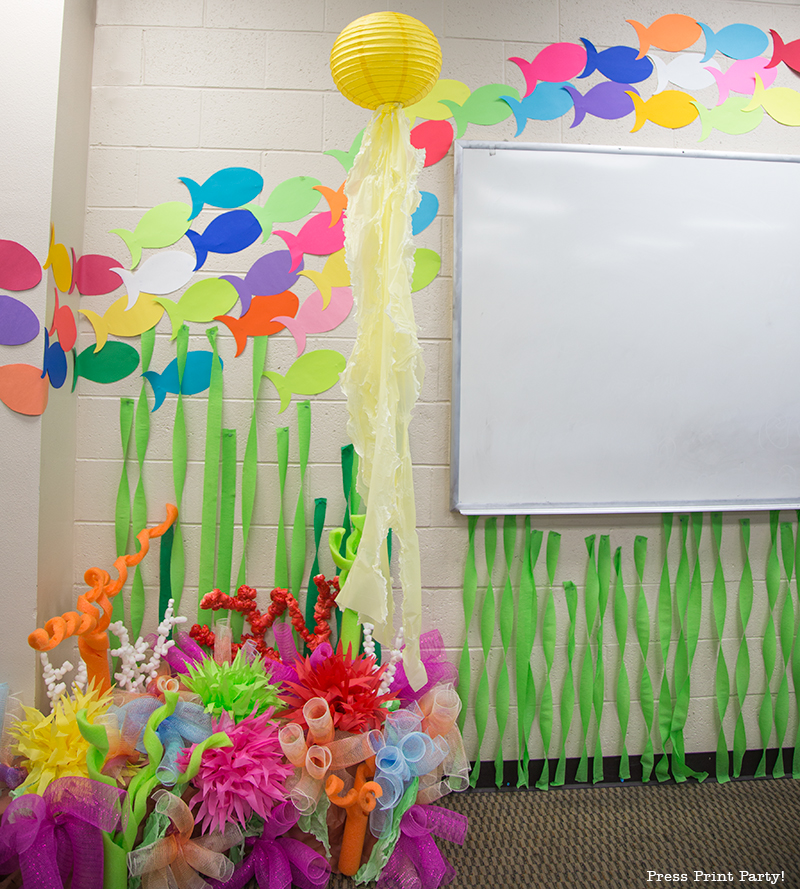 balloon decorating ideas ceiling - How to Make a Coral Reef Decoration by Press Print Party