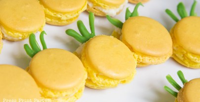 How to Make Pineapple Macarons