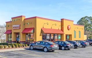 Hanley Investment Group Arranges Sale of Single-Tenant NNN Popeyes in Greenville, NC for $777 PSF 3