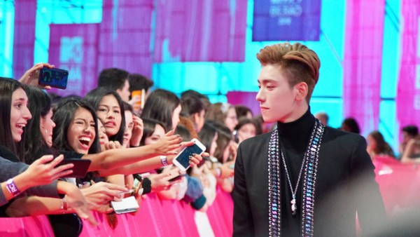 Boogie Wang appeared on the red carpet of the MTV EMA Awards as the only celebrity from Asia 1