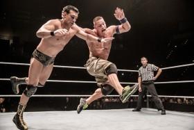 w_02_WWE-Live-104723-06122013