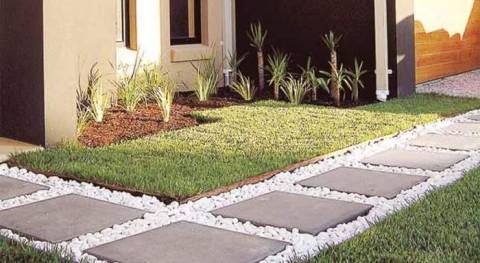 Construire une allée de jardin en briques