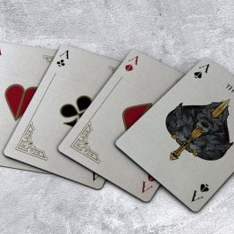 Theos playing cards parama 2019 (5)