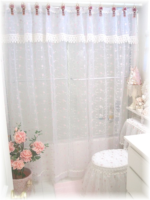 Toilet Ensemble And Shower Curtain
