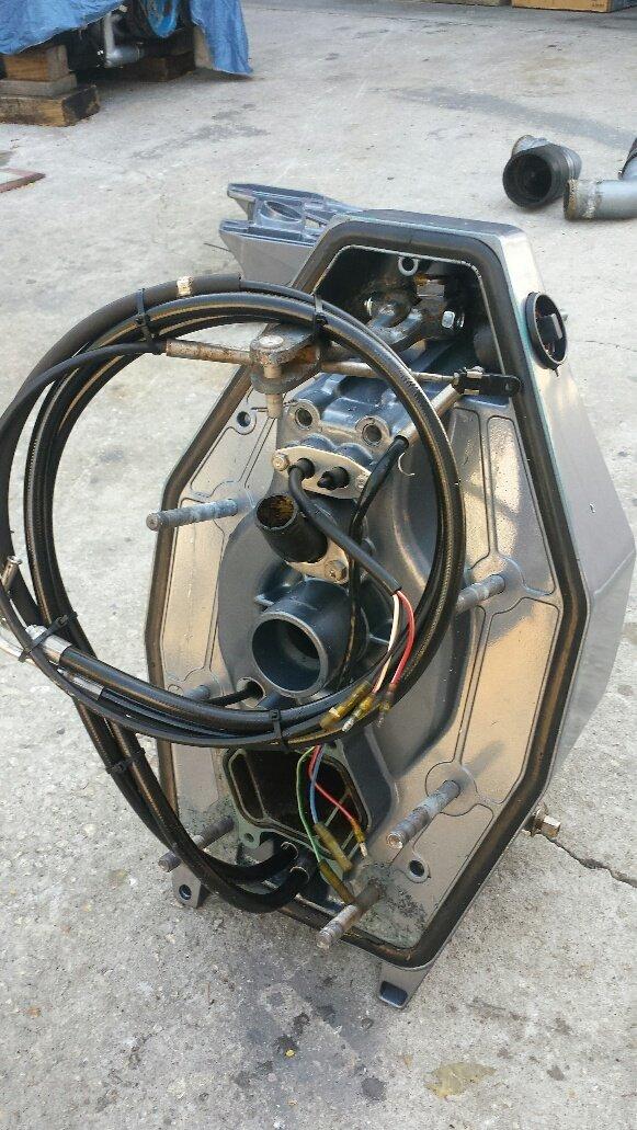Yamaha Sterndrive Outdrive Gimbal Housing For V8