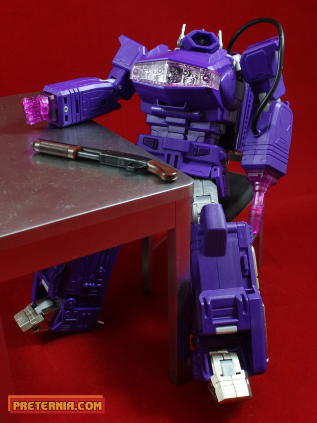 Fans Toys Quake Wave not-Shockwave Quick Review Transformers