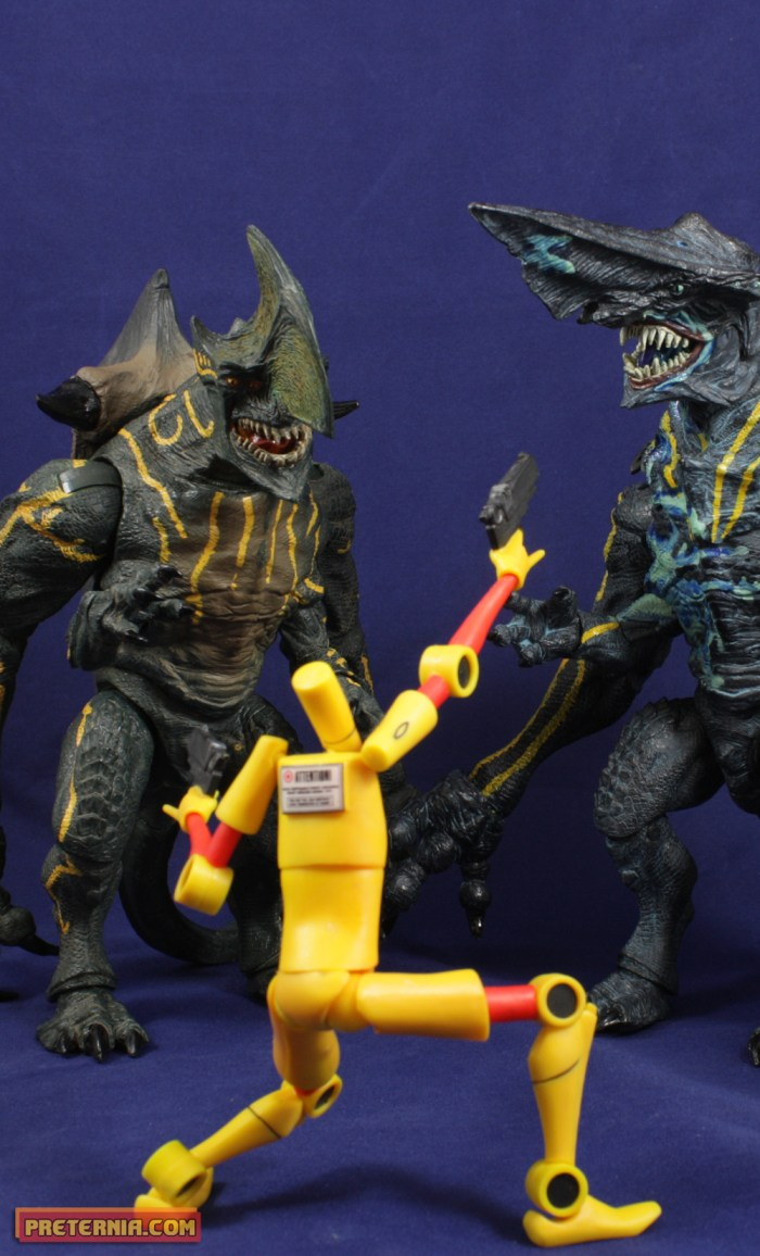 NECA Pacific Rim Series 3 Kaiju Axehead Trespasser Review