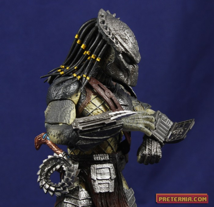 S.H. MonsterArts Alien vs Predator AvP:R Wolf Predator Review