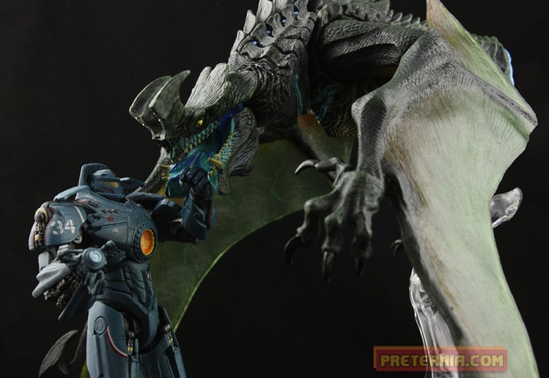NECA Pacific Rim Ultra Deluxe Winged Otachi