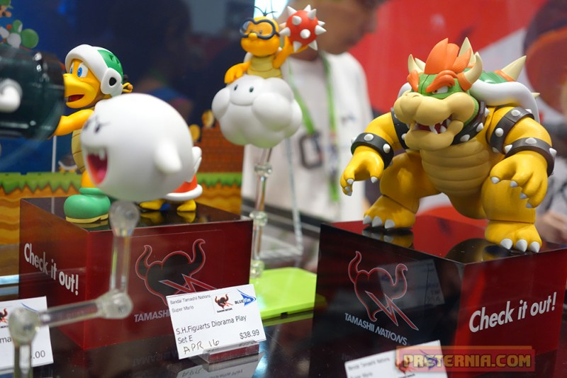 NYCC 2015 S.H. Figuarts Super Mario Brothers Bluefin