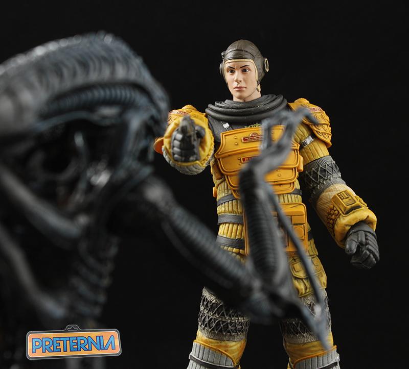 NECA Alien Isolation S6 Amanda Ripley Compression Suit Review