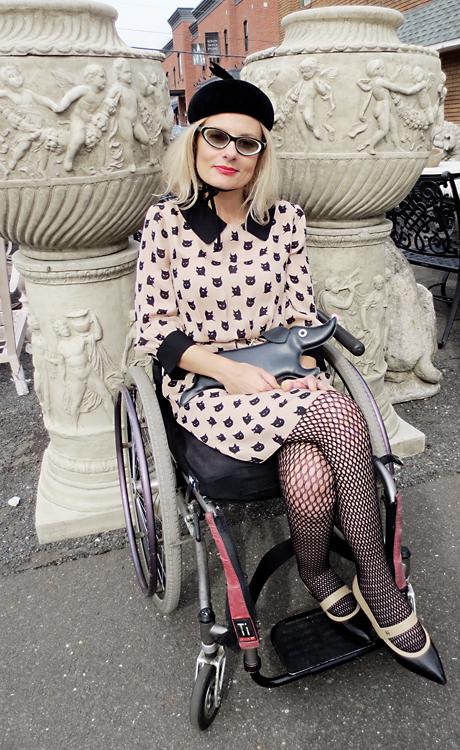Wheelchair girl street style cat fashion