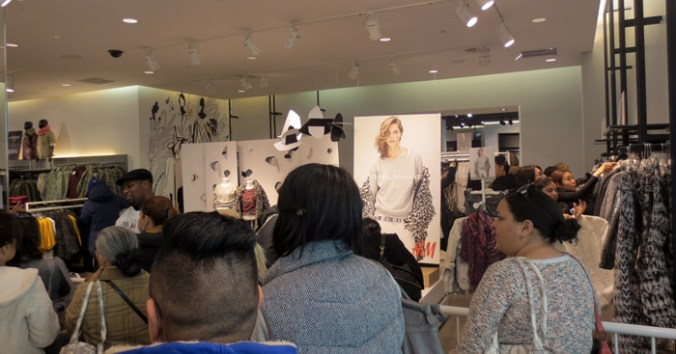 Lines at H&M for Isabel Mirant NJ