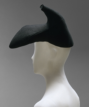 """Elsa Schiaparelli: Hat"" (1974.139) In Heilbrunn Timeline of Art History . New York: The Metropolitan Museum of Art, 2000–. http://www.metmuseum.org/toah/works-of-art/1974.139. (April 2011)"