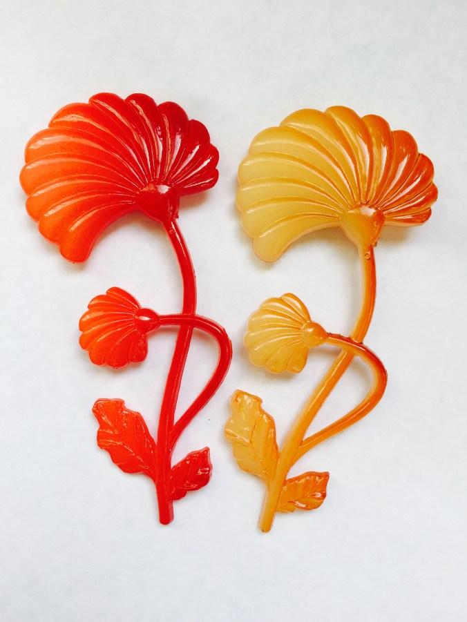 Vintage flower lucite pins