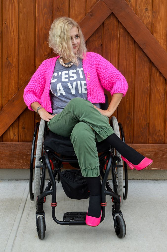 wheelchair fashion blogger