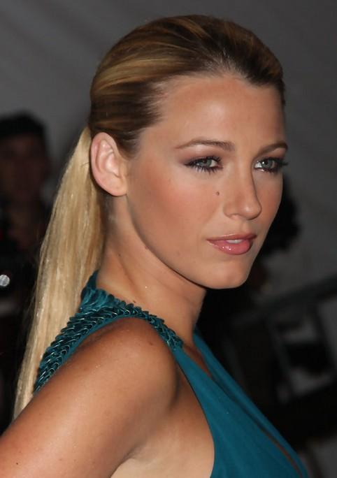 Blake Lively Long Hairstyle Sleek Ponytail Pretty Designs