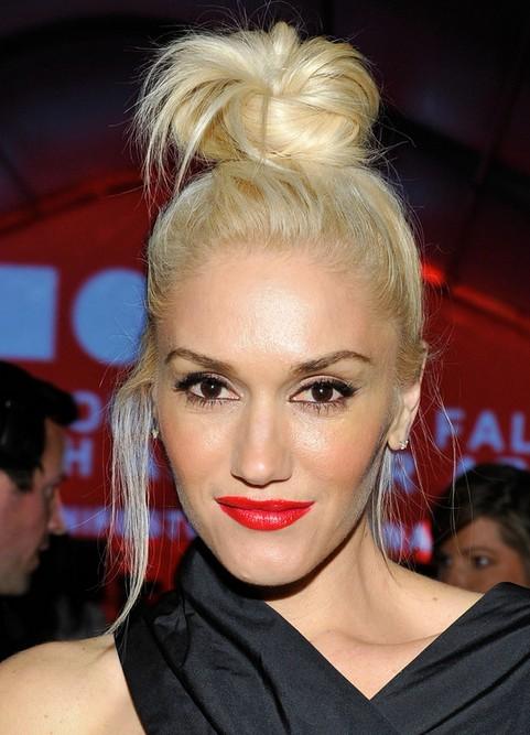 Gwen Stefani Long Hairstyle Blonde Knot Pretty Designs
