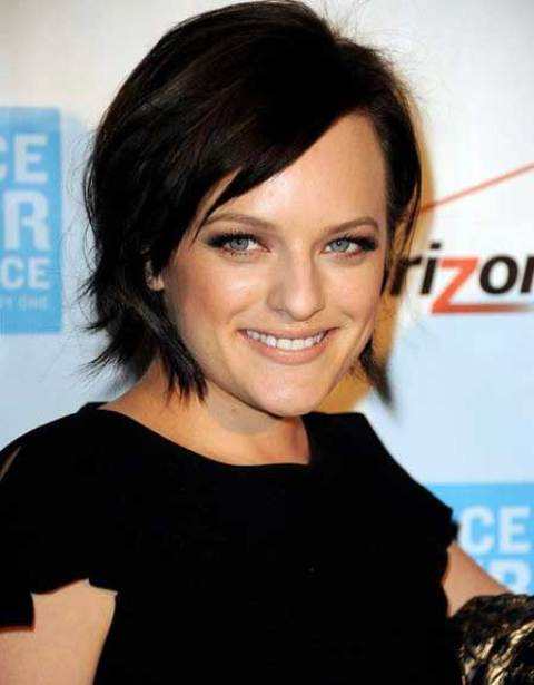 Elisabeth Moss' Pretty Bob Hairstyle with Flip Out Sides
