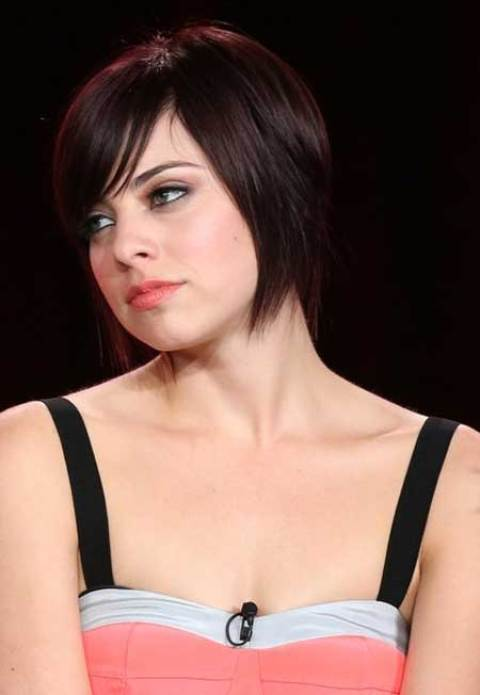 Krysta Rodriguez's Lovely Bob Hairstyle with Blunt Ends